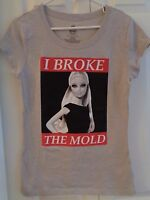 Barbie Doll Shirt T-shirt Gray And Red I Broke The Mold