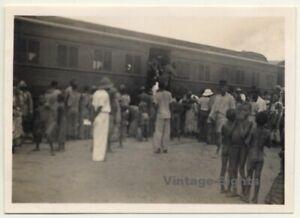 Congo-Belge-La-Voiture-De-Indigenes-BCK-Railway-Vintage-Photo-1930s