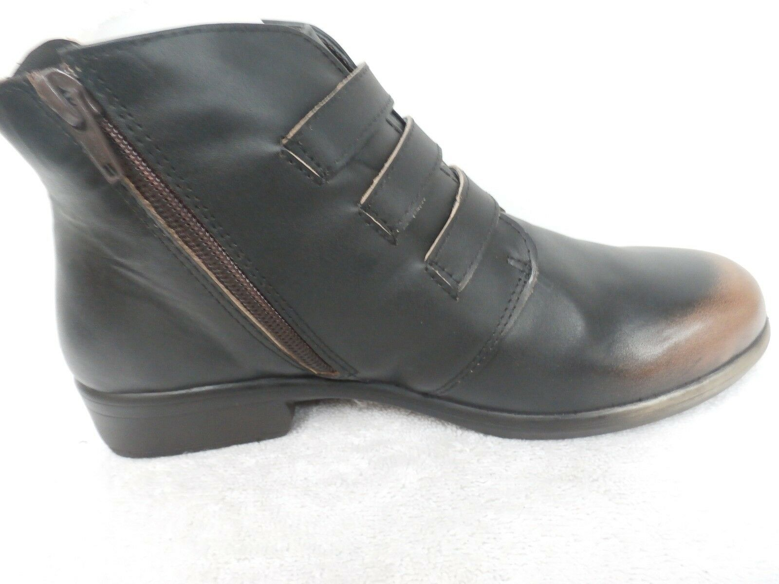 Naot Leather Ankle Boots w  Buckle Detail - Calima VOLCANIC Size 36 (5)