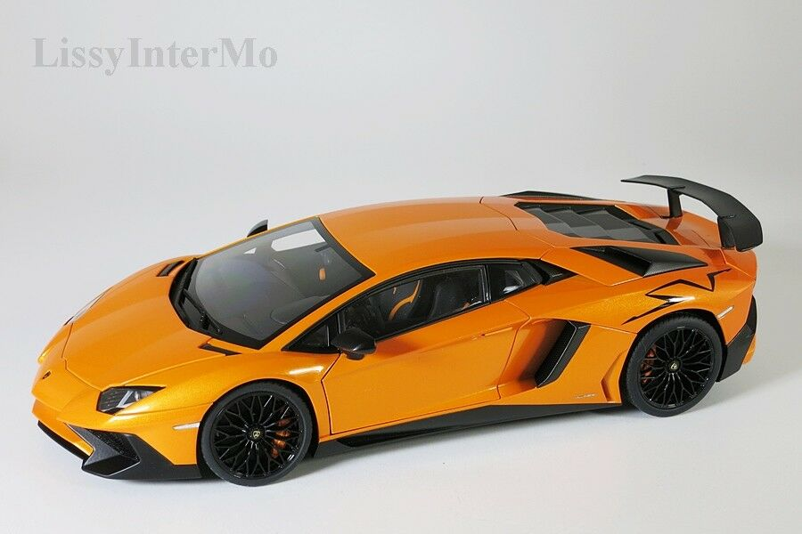 marca famosa Lamborghine avendator lp750-4 SV 2015 2015 2015 naranja Autoart 1 18 nuevo en el embalaje original  40% de descuento