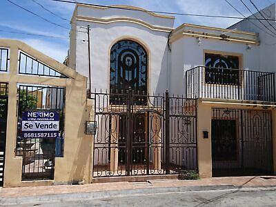 Se vende Casa de 4 Recámaras en el Fraccionamiento Las Arboledas en Matamoros, Tamaulipas.