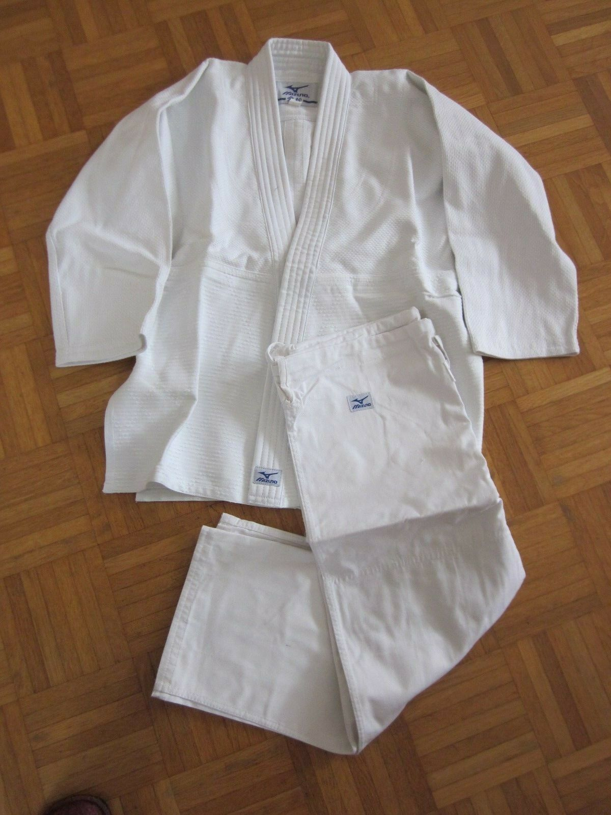 Mizuno Completo da Judo Bianco Varie Misure