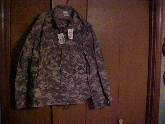 ACU CAMO SET FLAME RESISTANTEXTRA - LARGE - SHORT, NEW WITH THE TAGS.