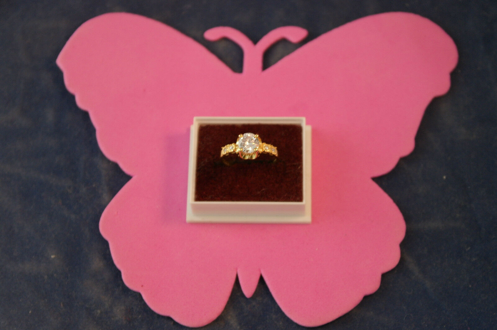 Beautiful 14 Carat Yellow gold Ring With 2.20 Ct. Solitaire Diamond Size N 1\2