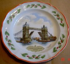 Wedgwood Collectors Plate CHRISTMAS 1986 TOWER BRIDGE Boxed