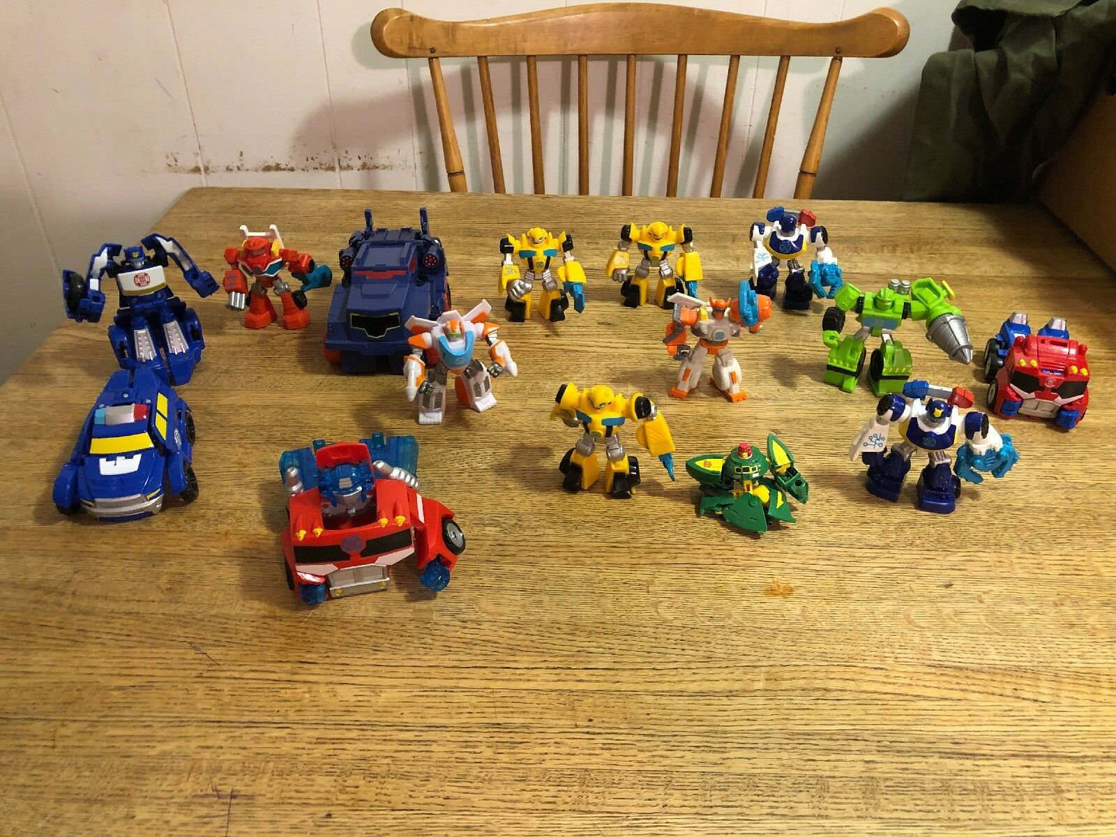 15 Figures And Vehicles 2016 Hasbro Transformer Lot Great Condition