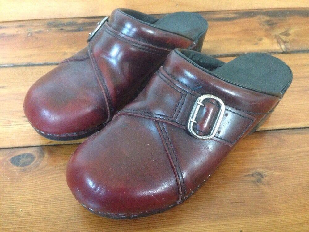 Dansko Burgundy Leather Womens Slip On shoes Mules Buckle Clogs 7.5 38