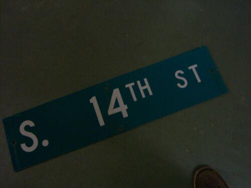 "14TH ST STREET SIGN 36/"" X 9/"" WHITE ON GREEN BACKGROUND Vintage ORIGINAL S"
