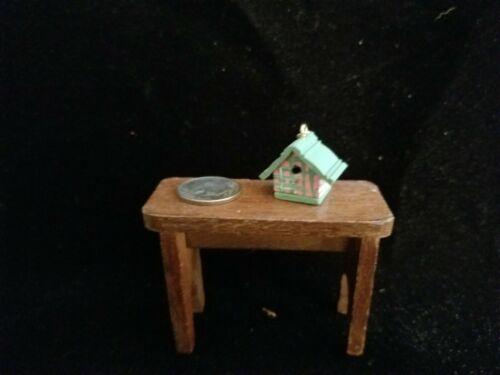 "1:12 scale Dollhouse Miniature~ Tiny Wood Bird House 5//8/"" hand painted"