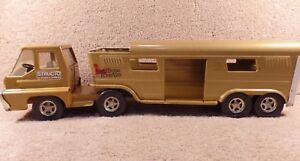 push ad pull toys Vintage Farm Toys horse carrier Vintage Ertl truck with Vista Dome Horse Trailer Red Ertl truck with Carrier
