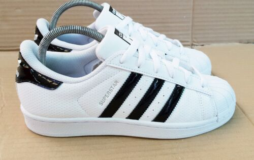 Toe Noir Uk Taille 5 Superstar 5 Excellent Shell Adidas BrillantBlanc Baskets rQtCshd