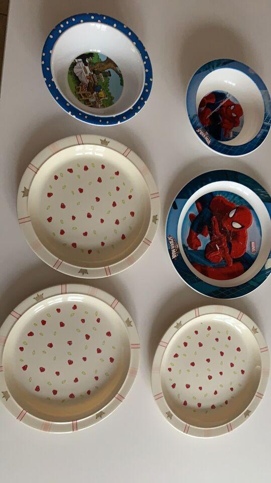 Køkken, 6 plastic tallerkner , Spiderman