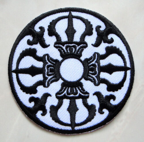 Beautiful White /& Black Design Round Embroidered Iron on Patch Free Postage