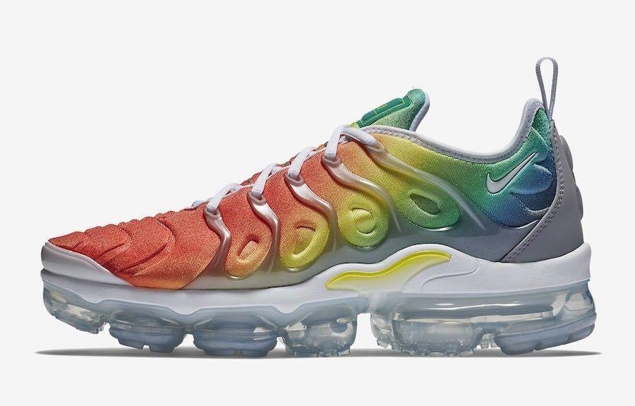 Nike air vapormax piu 'arcobaleno dimensioni 11,5.multi colore.924453-103.95, 97.