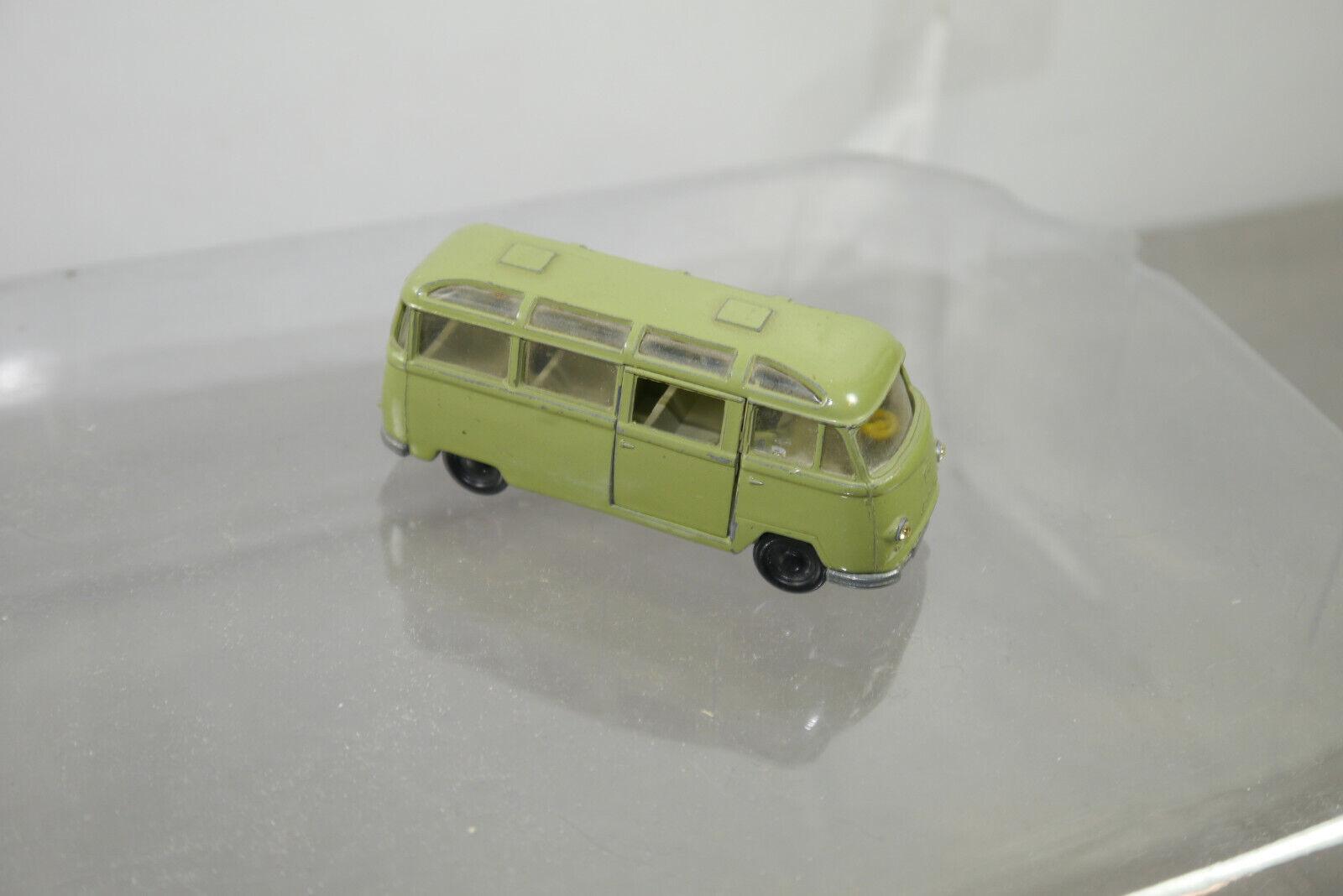 El autobús de skuv220 tempo matabor era era era verde oscuro unos 8 cm (k66) y 35aport 14. a9d