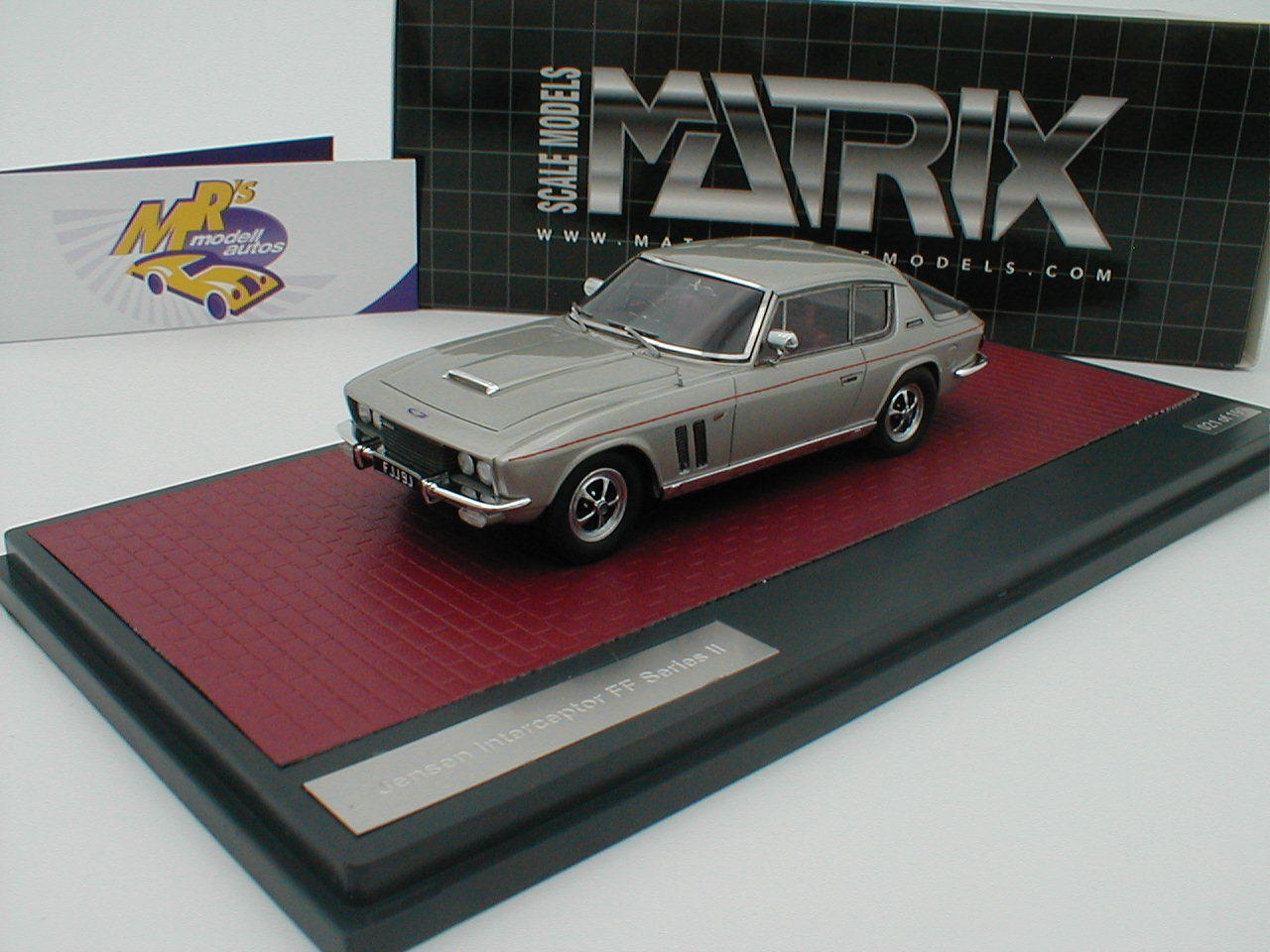 Matrix 41002-091 - Jensen Interceptor FF Series II Bj. 1970   silbermet.   1 43