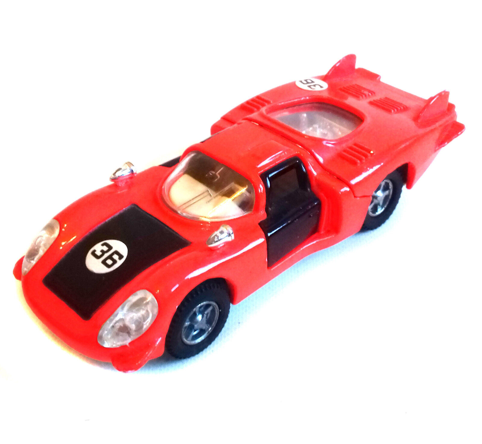 DINKY TOYS 210 ALFA ROMEO 33 tipo LE MANS AUTO da Corsa In Rosso Nero Quasi Nuovo