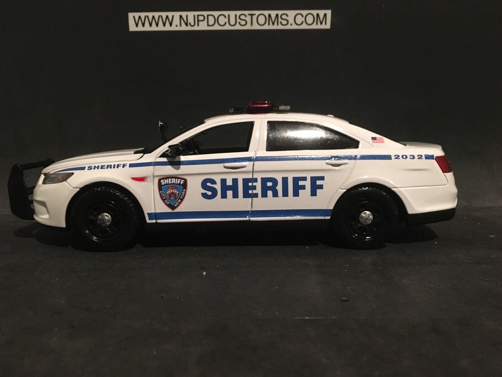 NYC Sheriff 1 24 Scale Ford Taurus Police Interceptor Replica