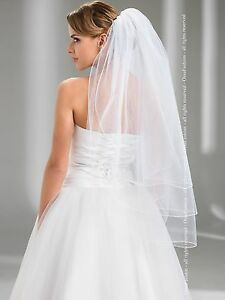 Wedding-Fingertip-Veil-Pencil-Edge-Comb-Attached-W-72