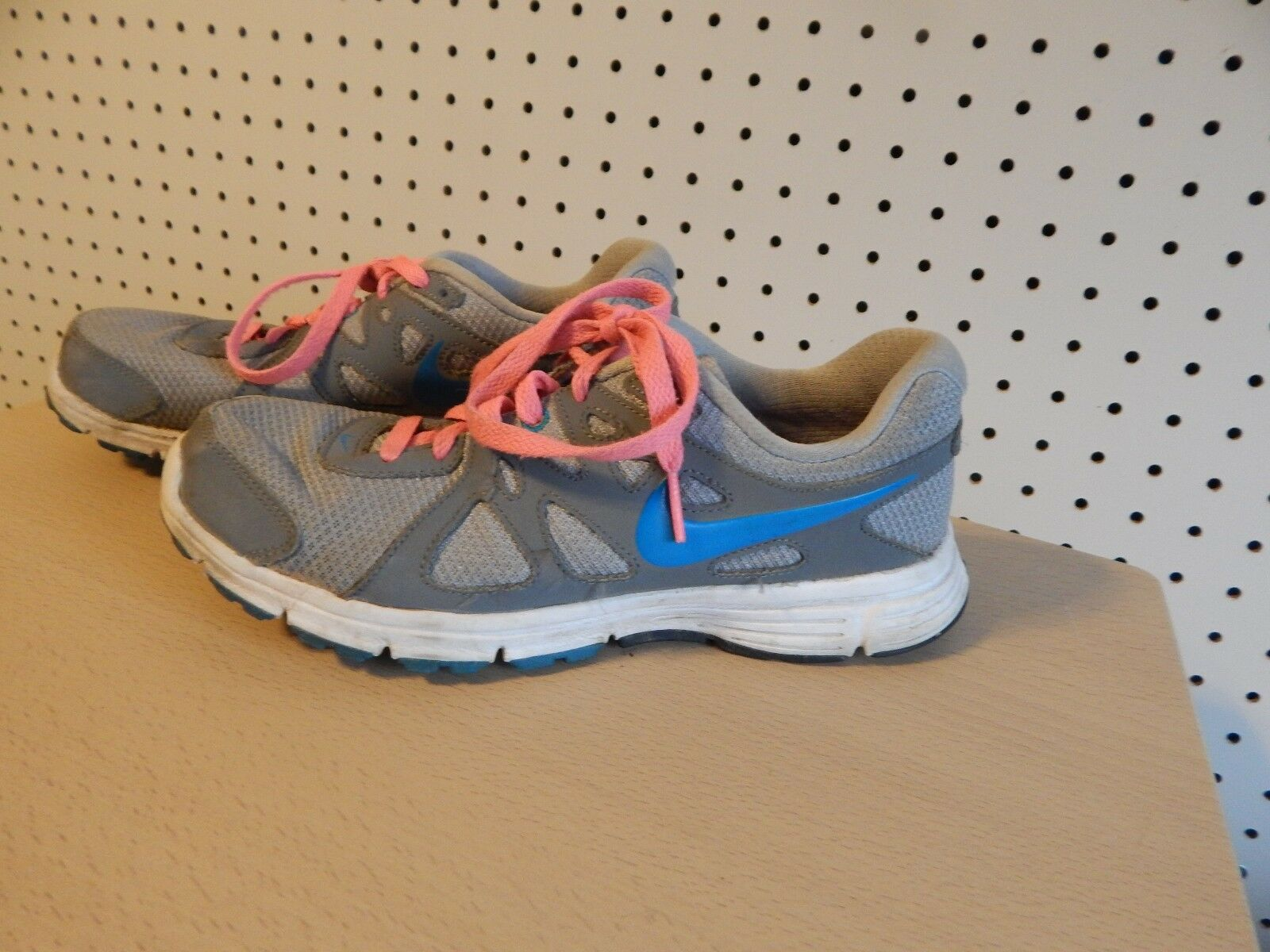 Womens Nike Revolution 2 Running shoes - size 7 - 554900-006 - gray pink teal Seasonal price cuts, discount benefits