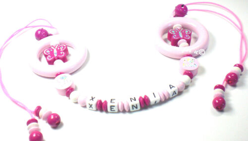 Maxi-Cosi-Kette mit Namen I ♥MOM//DAD  Schmetterling Greifring  Baby