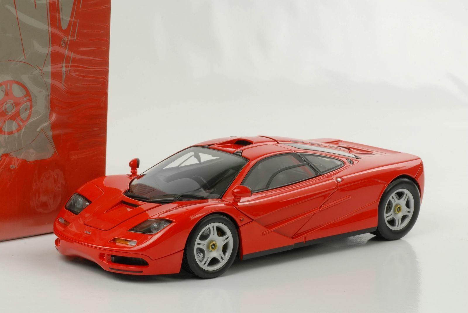 McLAREN F1 ROAD CAR 1993 RED MINICHAMPS 530133422 1 18 750 PIECES METAL red