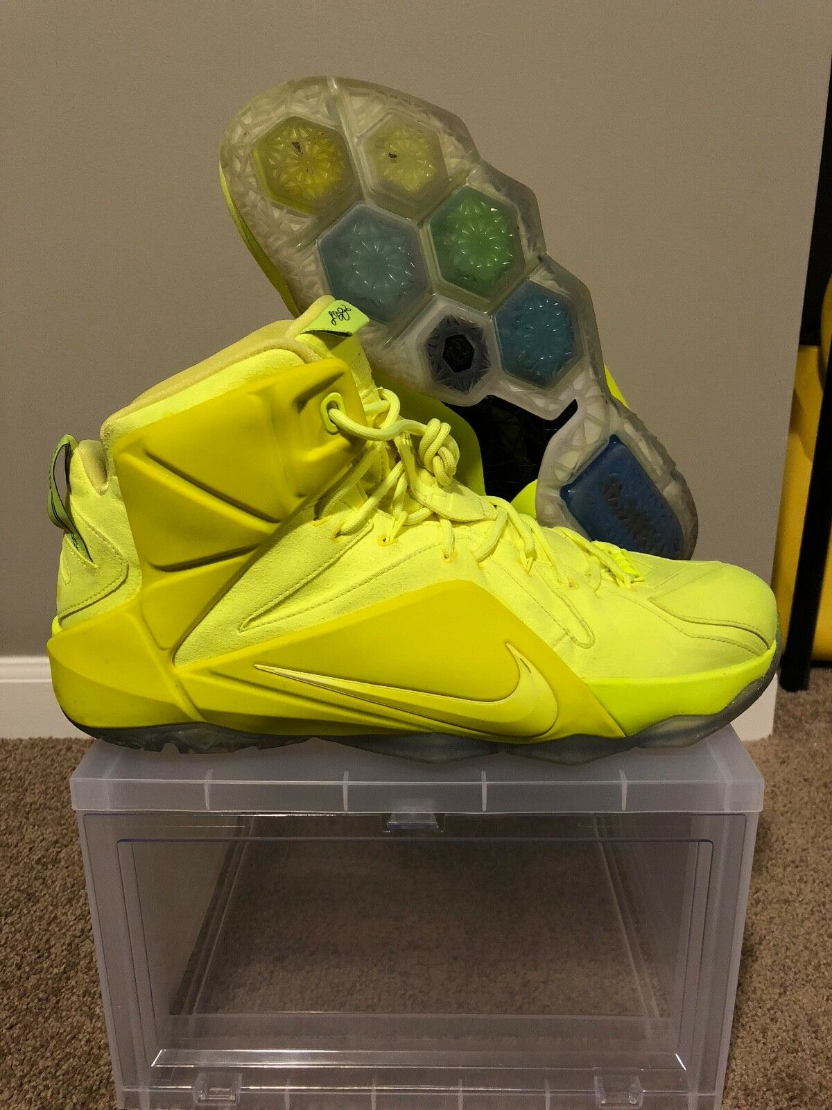 Lebron 12 Tennis Ball EXT Size 14 USED