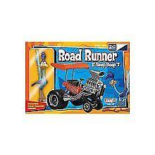 Platts Road Runner & The Beep Beep T Plastic MPC718