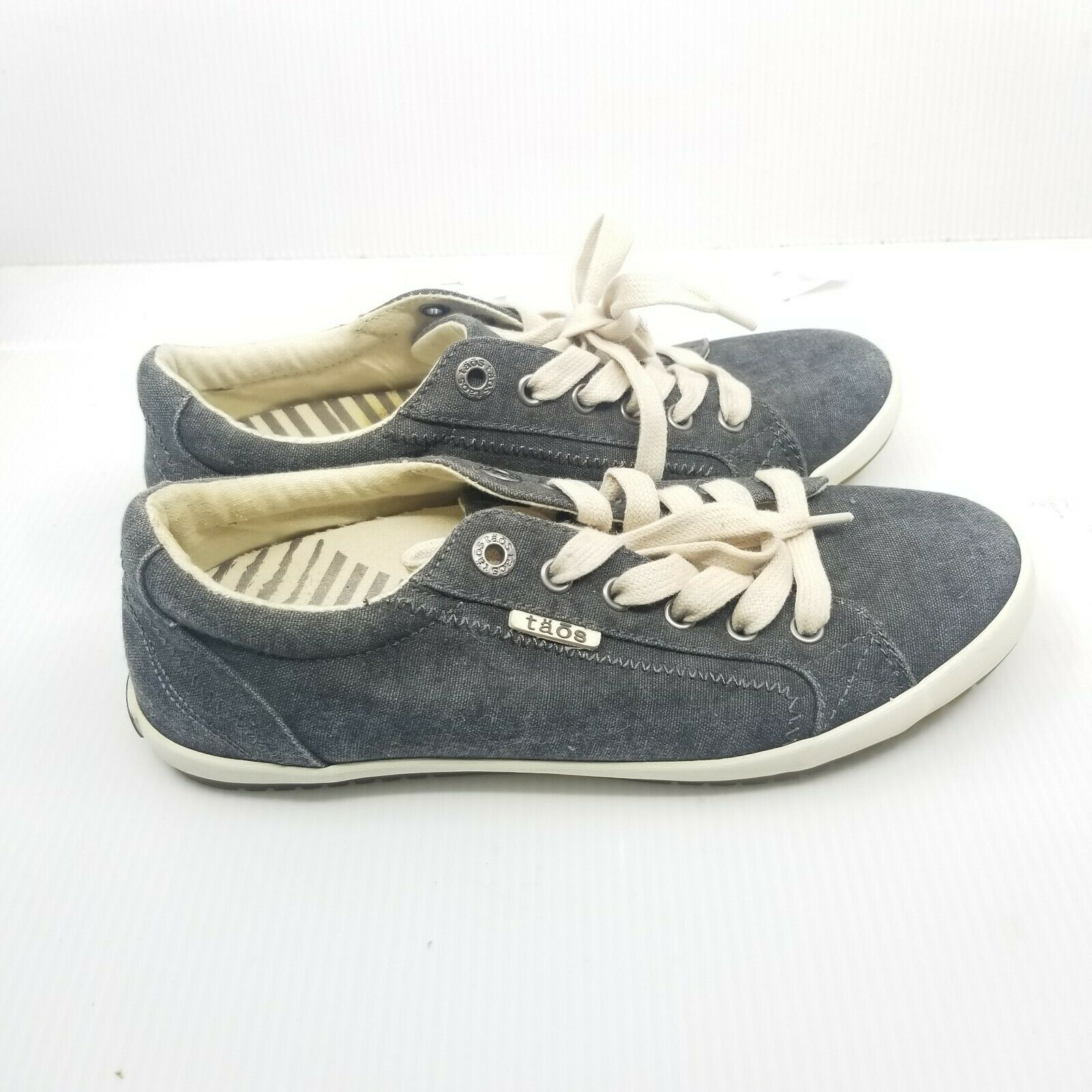 Taos Star Womens Gray Low Top Canvas Sneakers Size 8