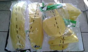 SET-PLASTIQUE-SUZUKI-RM-125-250-2010-SET-5-PCS-JAUNE
