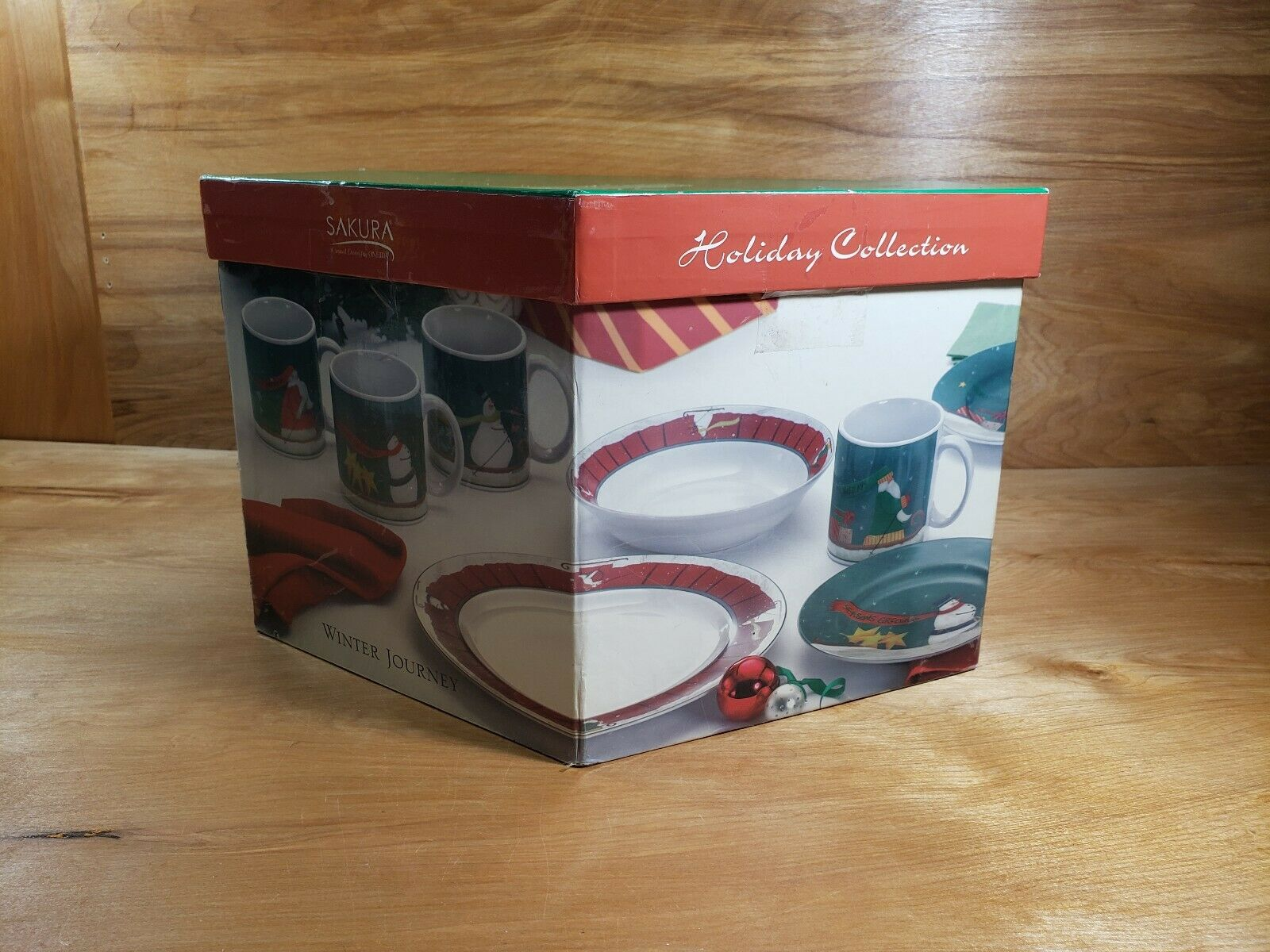 NEW   Sakura Holiday Collection Winter Journey 16 Piece Designer Dinnerware Set