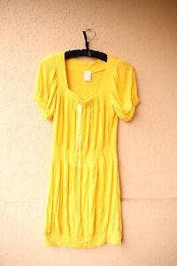 Kurzes-gelbes-Stretch-Kleid-mit-Puffaermeln-ca-Gr-S-M