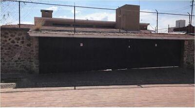 Hermosa y Amplia Casa en Venta en Balcones Coloniales.