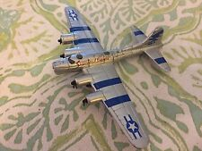 Maisto B-17G Flying Fortress Sugarland Express Plane Diecast