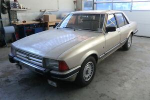 Ford-Granada-2-8-Ghia-mit-Klima-Rechtsl-Autom-7-Jahre-in-trockener-Halle