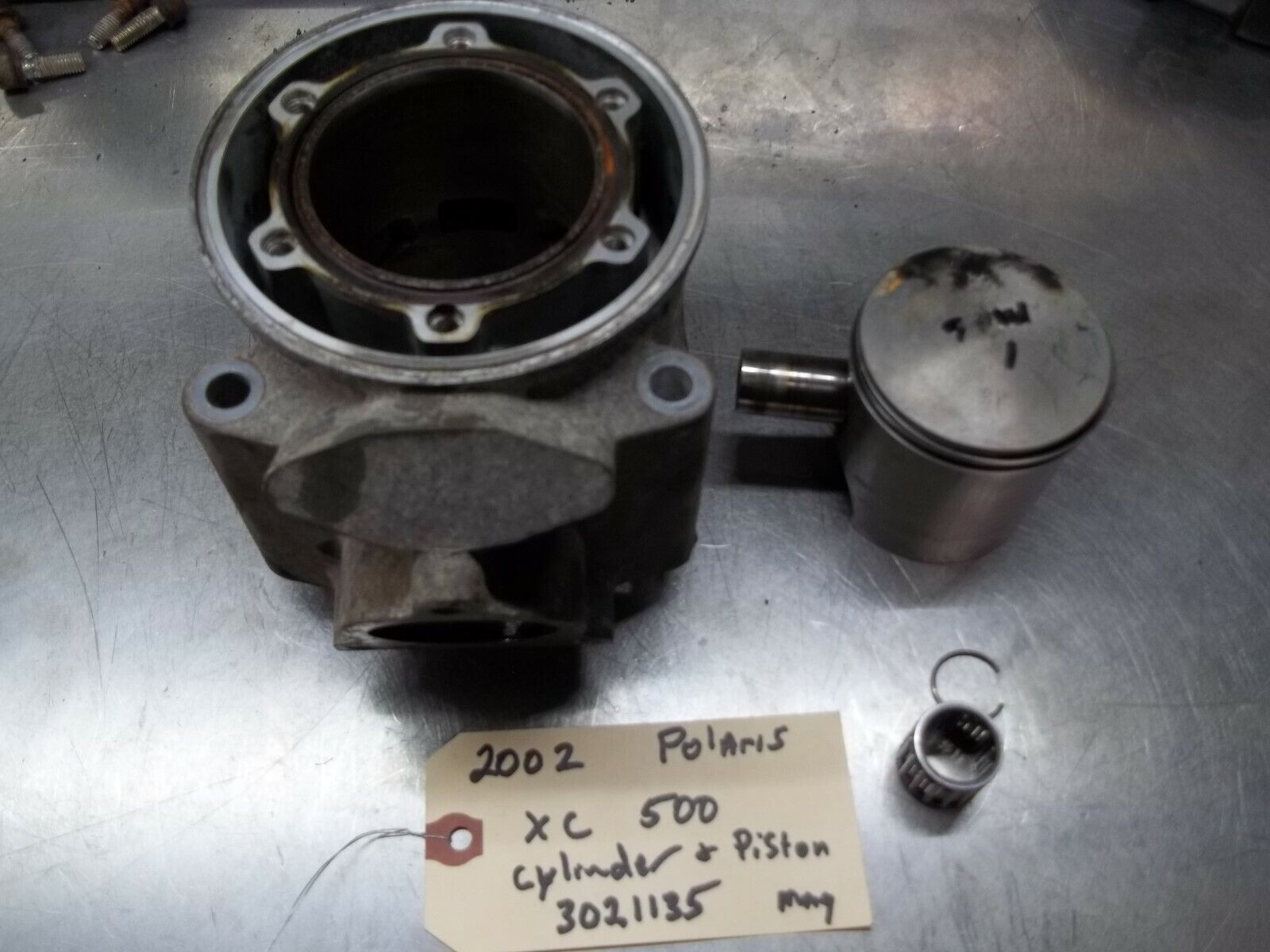 Polaris XC 500 Cylinder & Piston mag (2003)