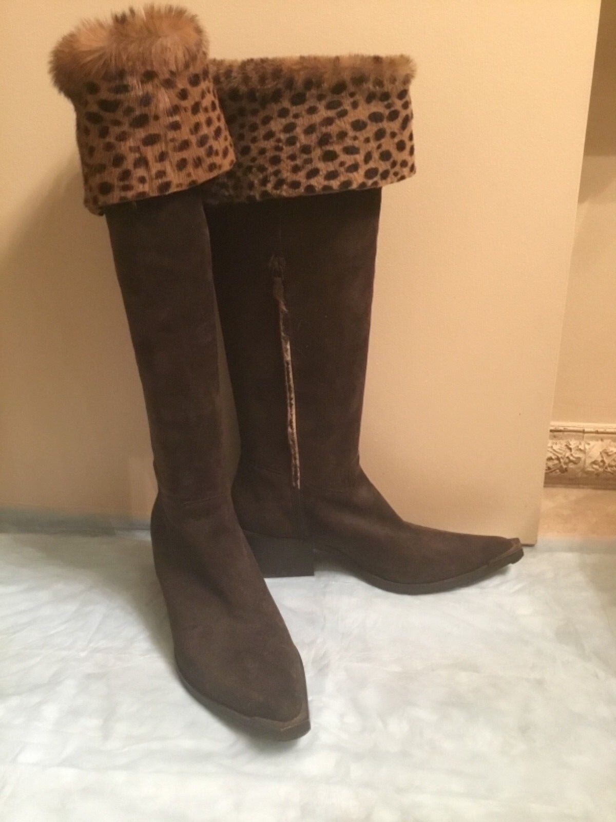 WORN ONCE DONALD PLINER WESTERN COUTURE COLLECTION BROWN SUEDE LEOPARD FUR 7 1/2