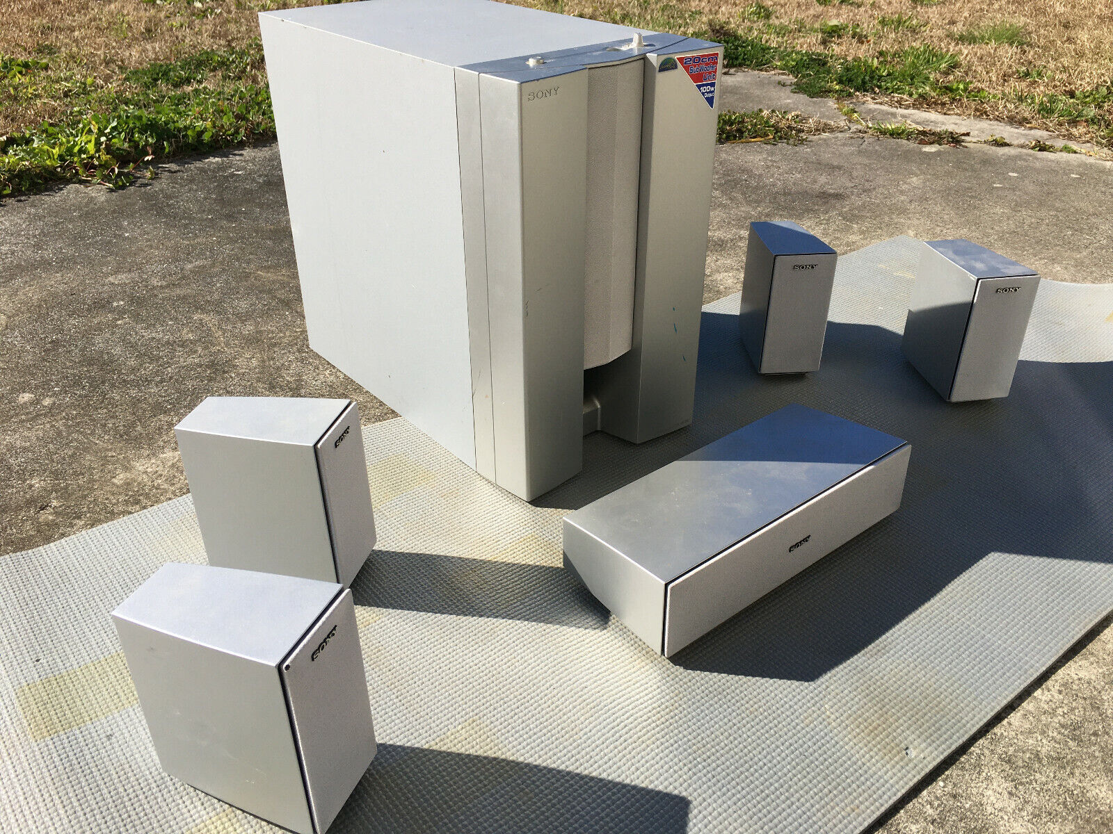 6 Piece Sony Surround Sound Speaker System - Tested and Working. Buy it now for 129.99