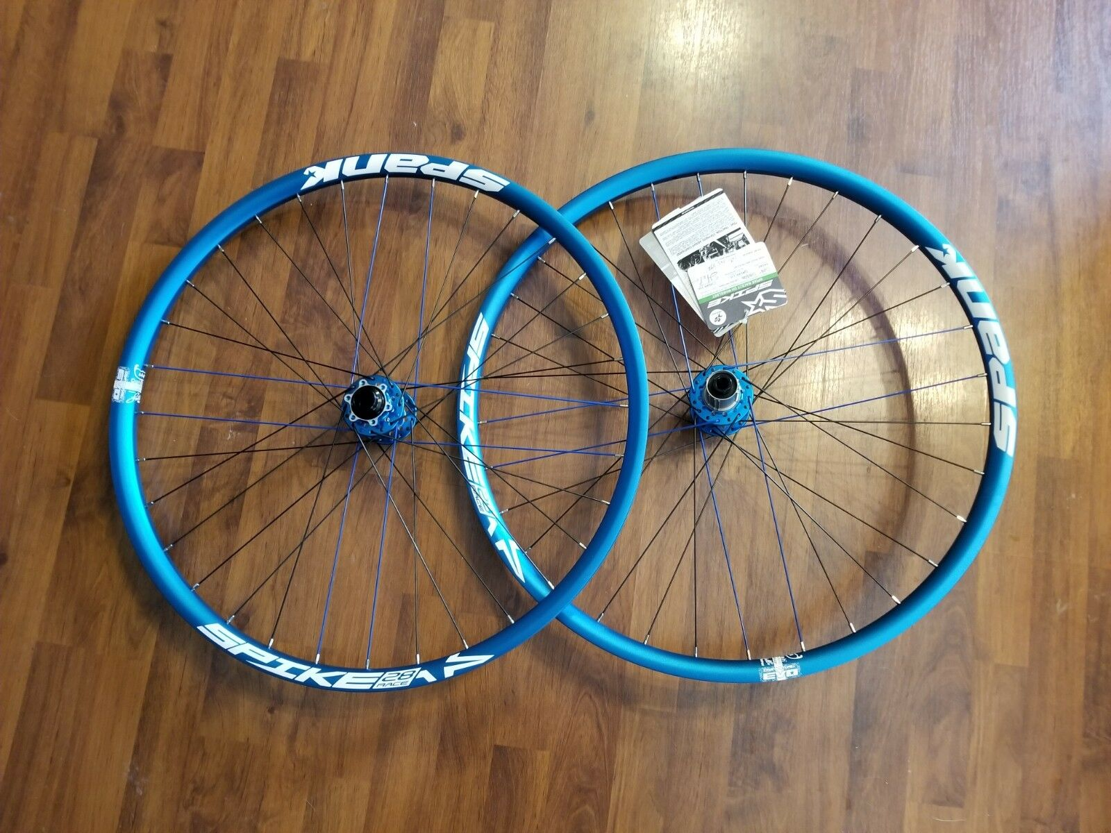 Spank Spike 28 Race Wheelset with Spoon Hubs 27.5  32 Spoke F 20X110 R 10X135