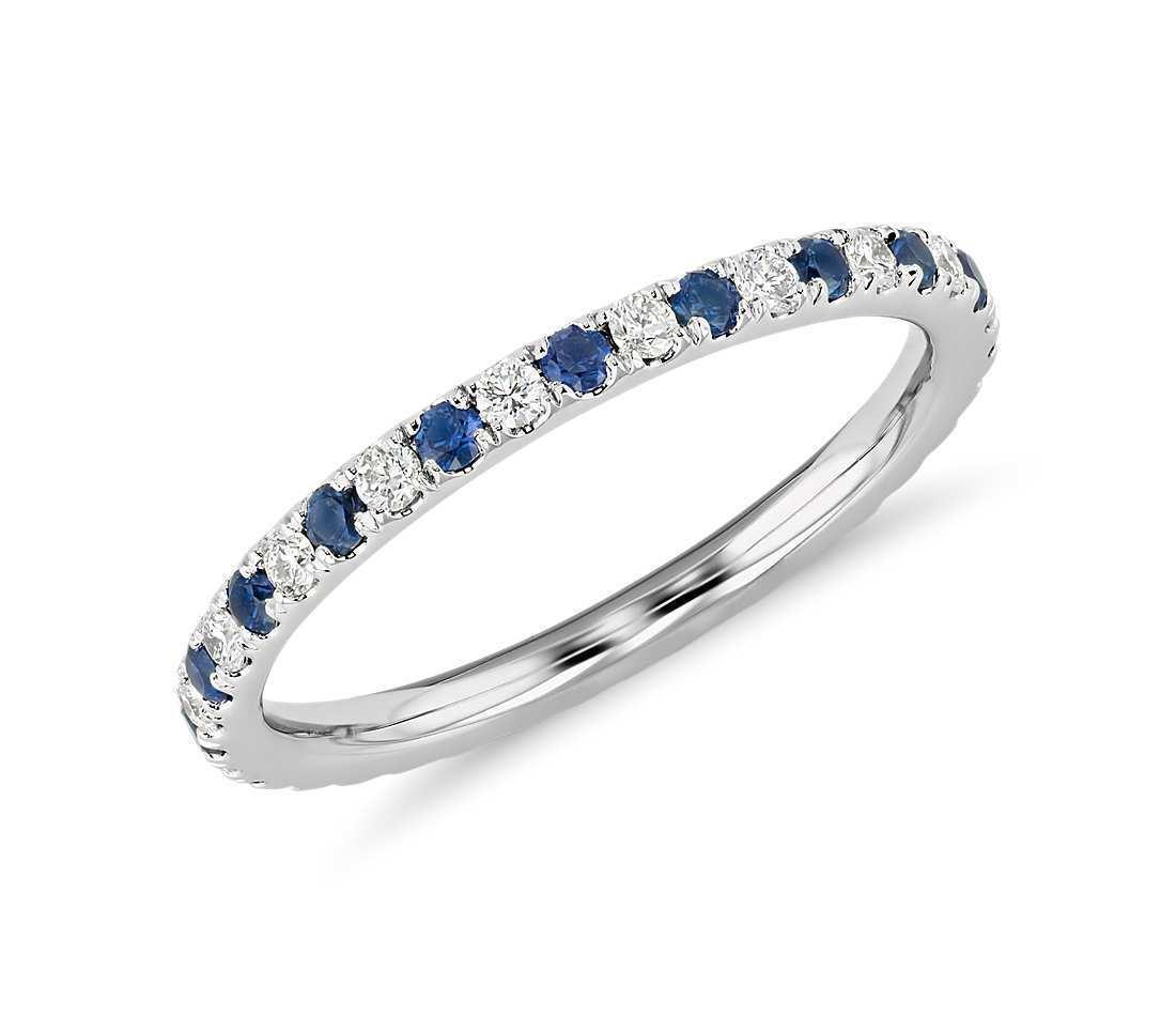 Platinum Eternity Ring in 0.50 Ct VS2 G Round Cut Natural Diamond