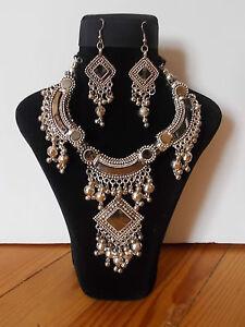 Parure-Collier-Tribal-et-Boucles-d-039-oreille-Artisanat-Inde-Kutch-Gujarat-3