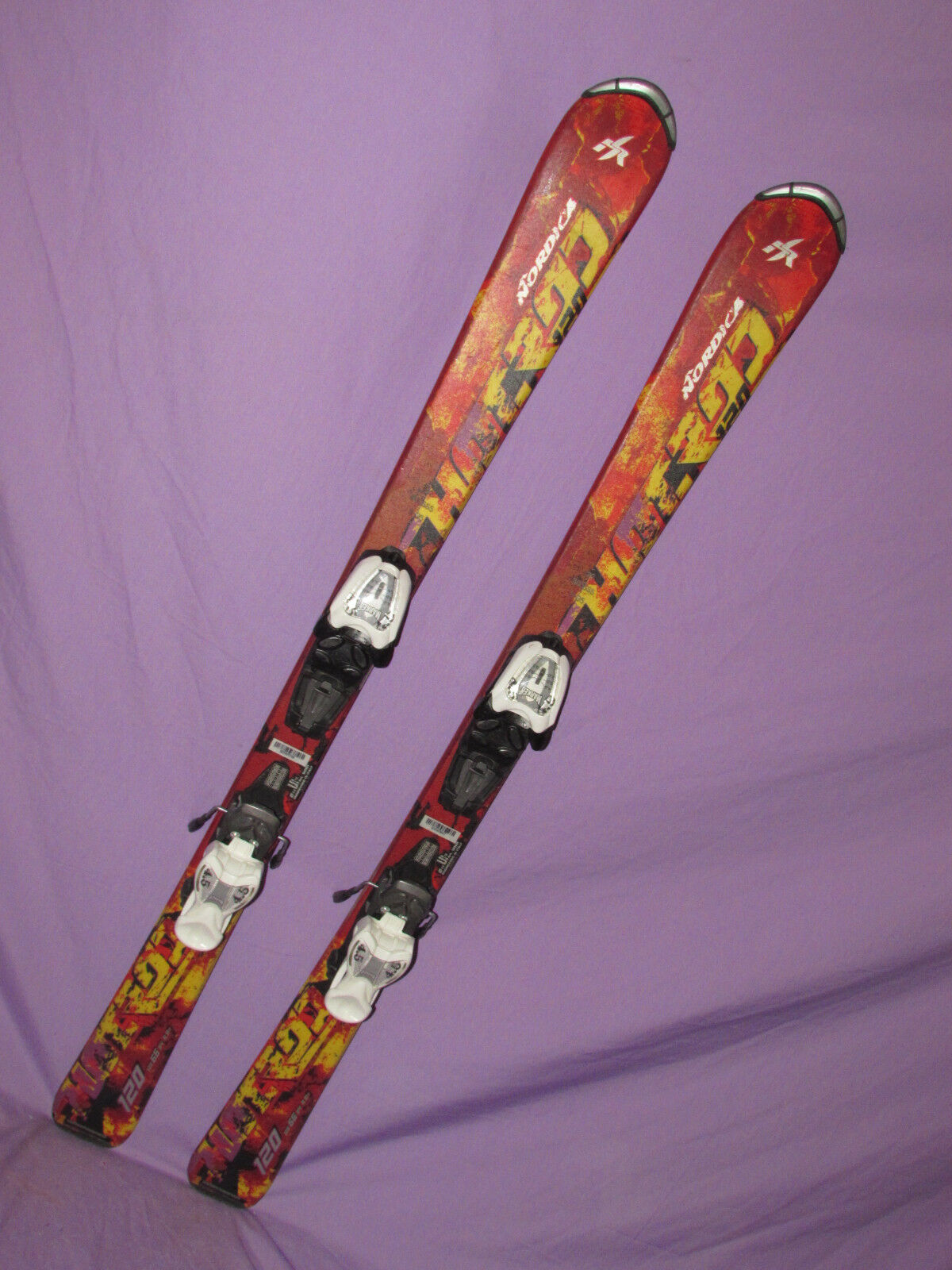 Nordica HOT ROD Jr. Kids SKIS 120cm w  Marker 4.5 Demo Adjustable ski Bindings