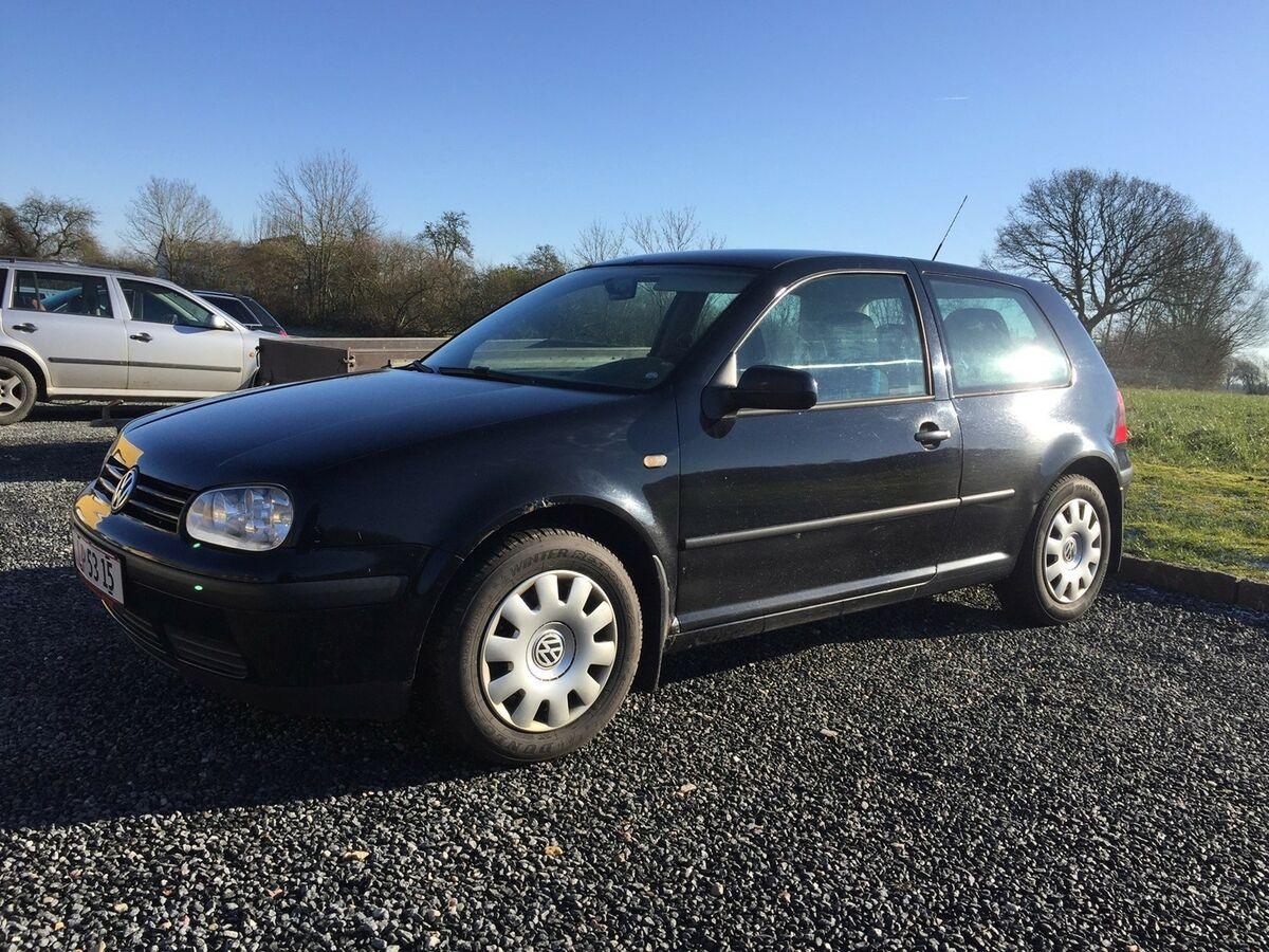 vw golf iv 1 8 benzin 1998 km 399000 k b og. Black Bedroom Furniture Sets. Home Design Ideas