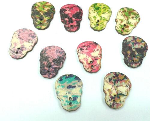 10pcs en bois crâne boutons 33mm x 25mm deux trous gothique scrapbooking