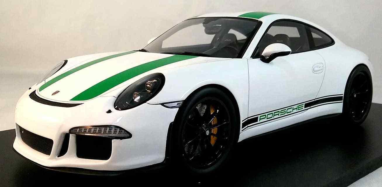 Porsche 911 R in 1:18 Scala da Spark