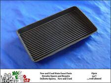 MOTO GUZZI V35 / V50 / V65 / T3 / SP1000 / LEMANS I/II RUBBER BATTERY MAT