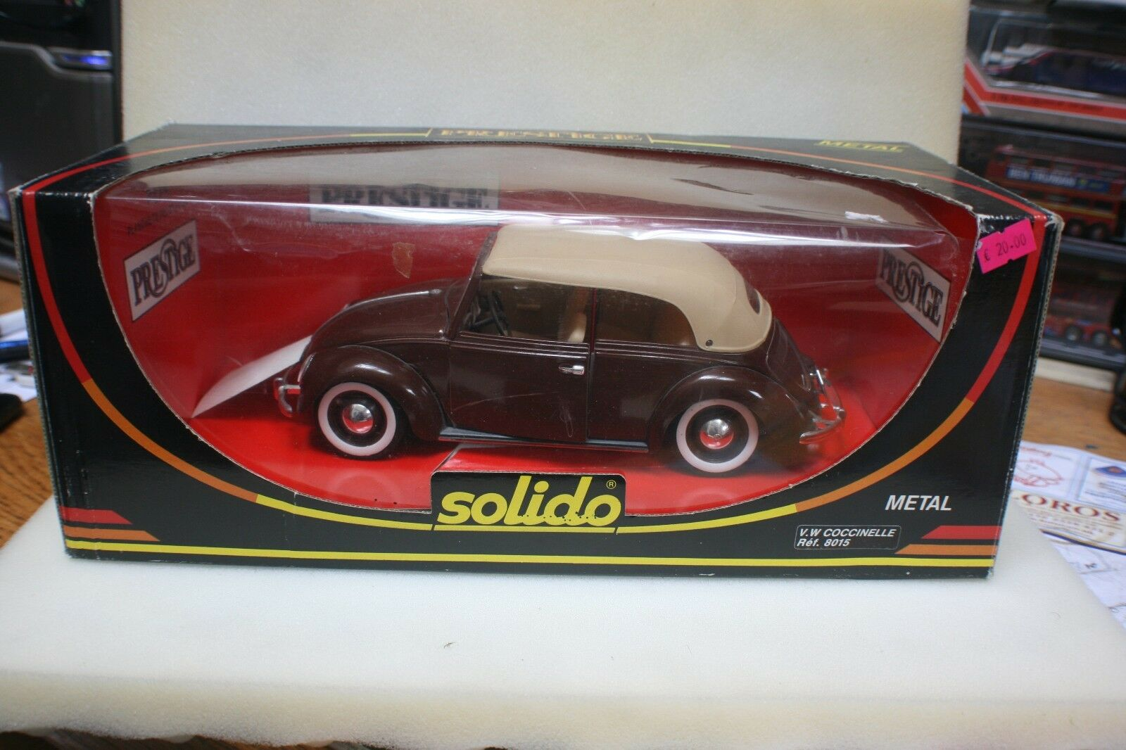 SOLIDO 1 18 SCALE DIECAST - 8015 VW COCCINELLE CABRIOLET BROWN