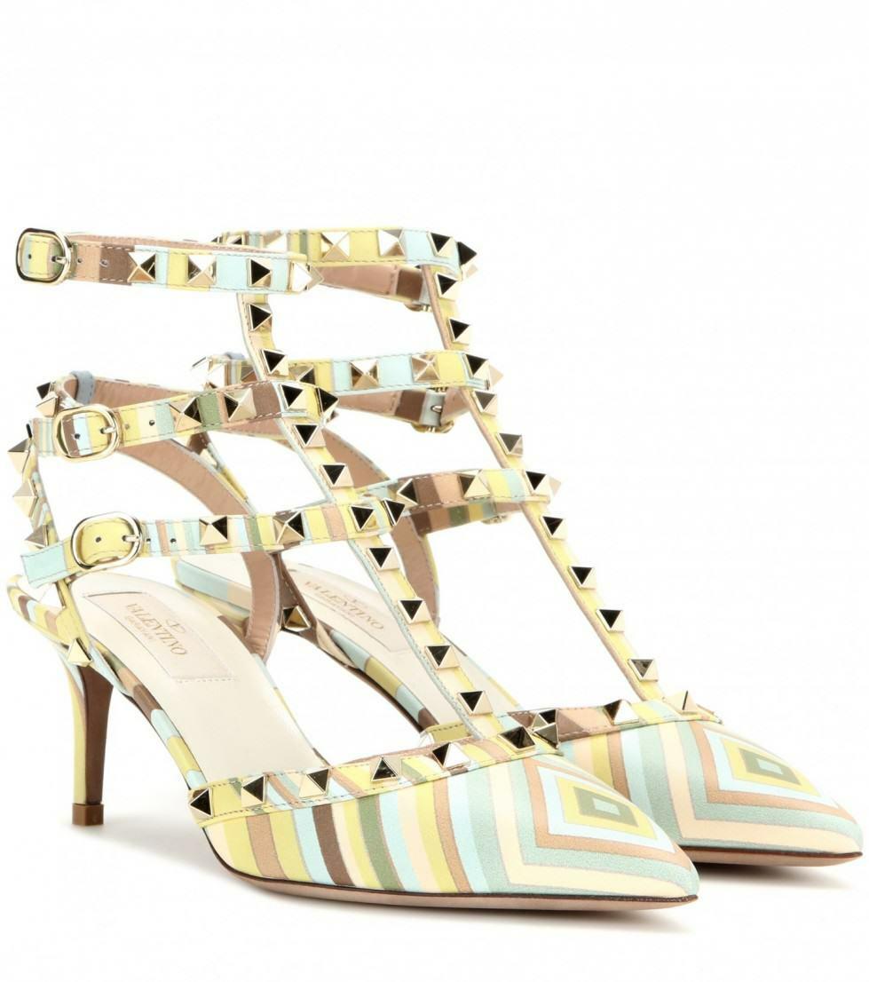 (1195) VALENTINO GARAVANI ROCKSTUD NAVAJO POINTY TOE PUMPS 40 40 40 -5 Jag älskar skor  spännande kampanjer