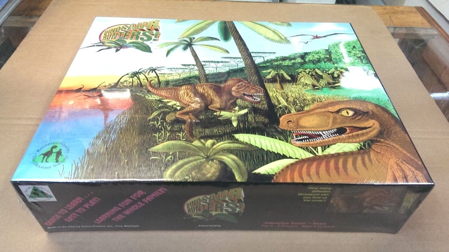 DINOSAUR HUNTERS   Factory Sealed   Board Game   1993 - EXTREMELY RARE