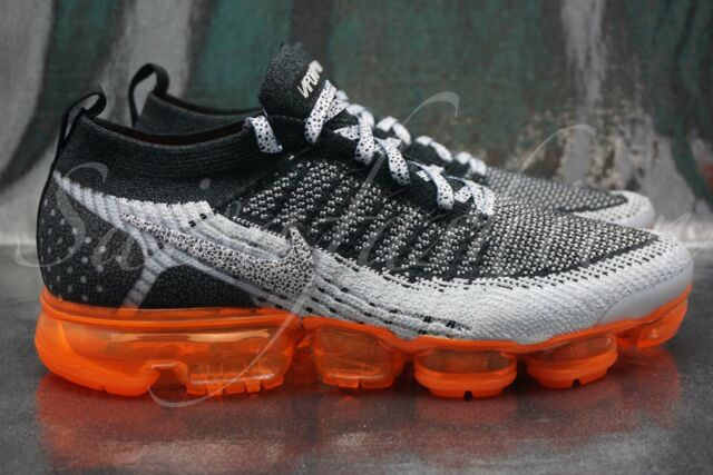 75cbe504e6b Nike Air Vapormax Flyknit 2 - Safari Black Total Orange - Sz 10.5 - 942842  106